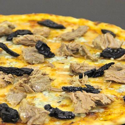 4 сыра с говядиной и черносливом