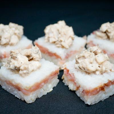 Суши-кейк Салмон тори