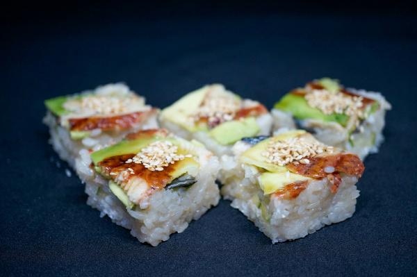 Суши-кейк Унаги